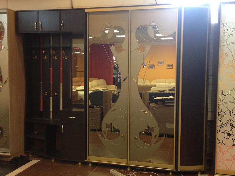 Шкафы-купе от фабрики мебель стиль.